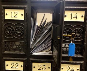 Kontakt - pro e-mail klikněte na obrázek / Contact - click on picture for e-mail: